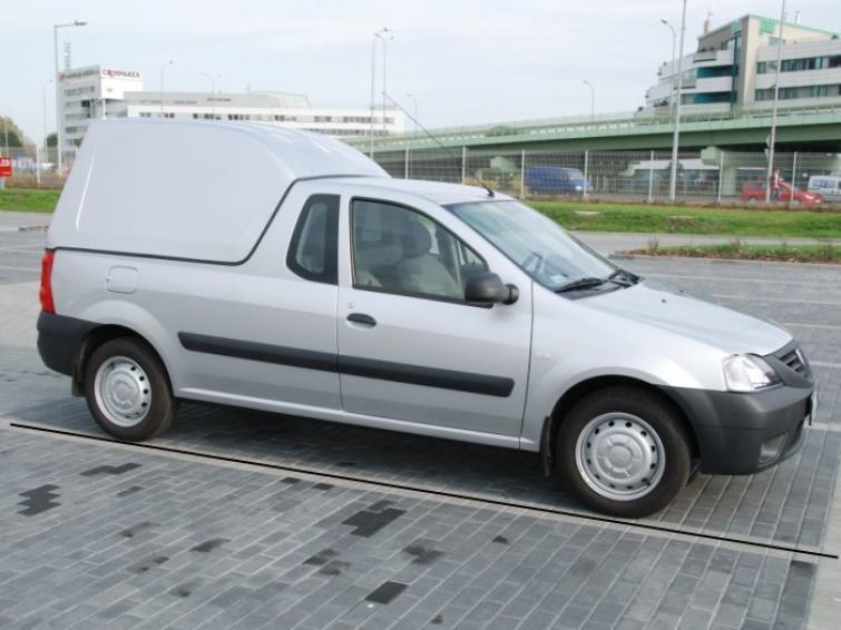 Dacia Logan pick-up z zabudową od 33 tys. zł