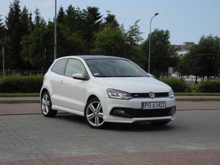 Volkswagen Polo to jeden z weteranów niemieckiego koncernu. Model jest produkowany od 40 lat. W obecnej wersji auto jest na rynku od 2009 roku, a przed rokiem zostało poddane modernizacji / Fot. Wojciech Frelichowski