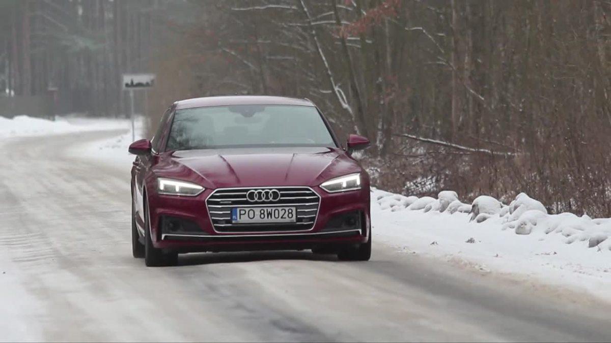 Audi A5 Sportback   Jeśli chodzi o stylistykę, linie są wyraźnie ostrzejsze, wnętrze upodobniło się do innych modeli marki, a inżynierowie dodatkowo zredukowali masę. Mowa o nowym wcieleniu Audi A5 Sportback. To samochód dla... niezdecydowanych. A5 Sportback przypadnie do gustu kierowcom, którzy chcą mieć coupe, jednocześnie nie rezygnując z praktyczności.   Fot. TVN Turbo/x-news