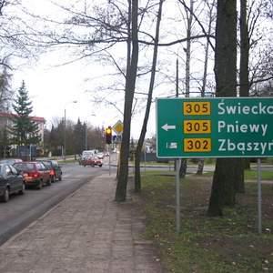 Fot. M. Nowak: Na żadnym, nawet największym skrzyżowaniu w mieście, nie ma informacji, jak dojechać do wjazdu na wybudowaną niedawno autostradę A2.