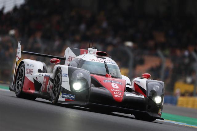 Zespół Toyota GAZOO Racing wystartuje w 84. edycji słynnego wyścigu Le Mans dwoma nowymi bolidami TS050 Hybrid, które zadebiutowały w sezonie wyścigów długodystansowych FIA 2016. 24-godzinny wyścig we Francji stanowi trzecią rundę mistrzostw świata wyścigów długodystansowych FIA / Fot. Toyota