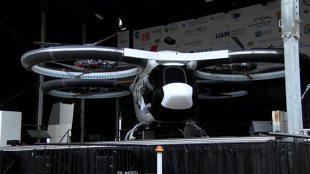 Latający samochód? Airbus zaprezentował prototyp nowego powietrznego pojazdu (video)