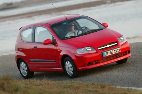 Fot. GM-Chevrolet: Od marca będzie dostepny w polskich salonach 3-drzwiowy Chevrolet Aveo. Przewidywana cena najtańszej wersji wynosi ok. 32 tys. zł.