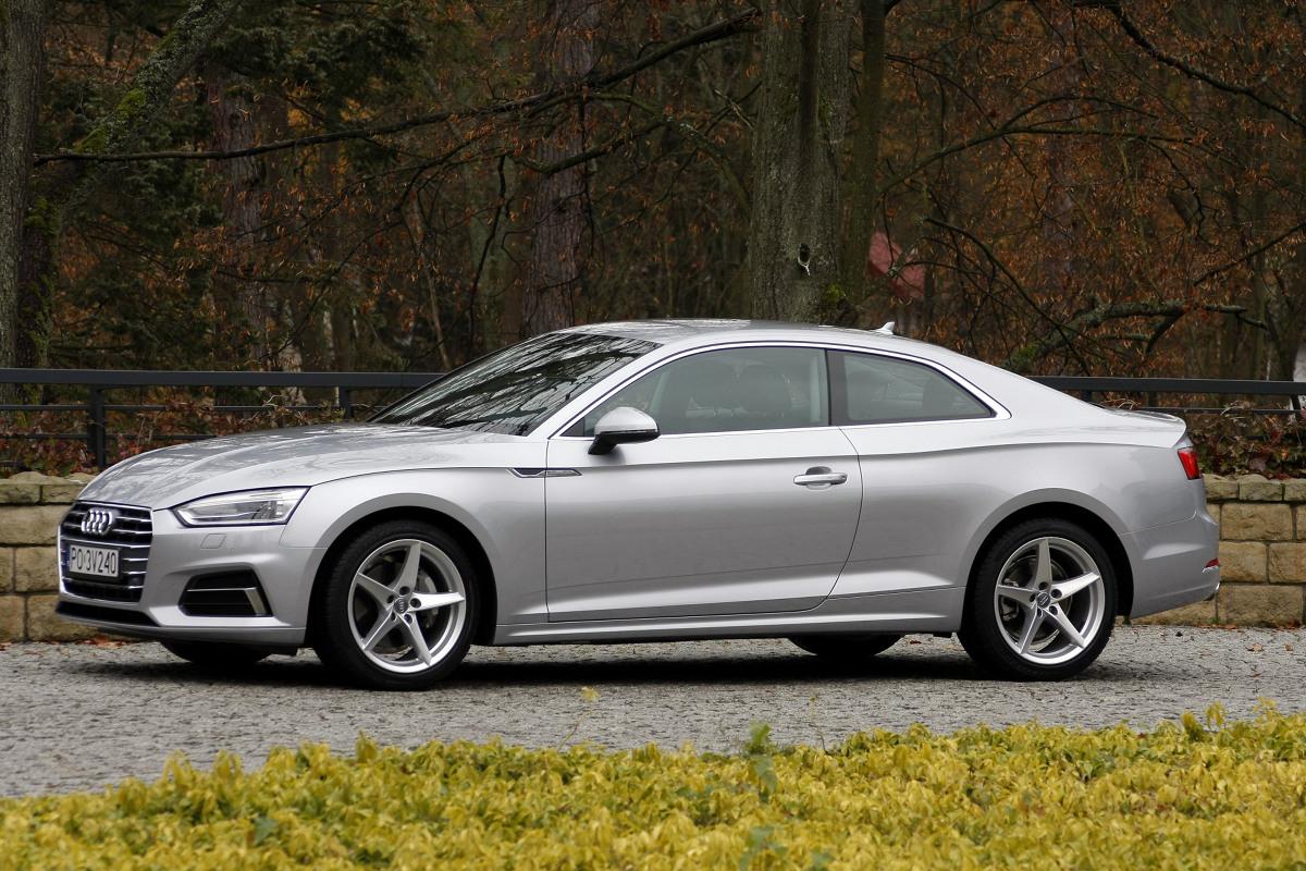 Nowe Audi A5  Jadąc A5 można zadać szyku a przy okazji utrzeć nosa tym, którym się wydaje, że mają szybkie samochody. To wyjątkowo udane połączenie sportu i elegancji.  fot. Dariusz Dobosz