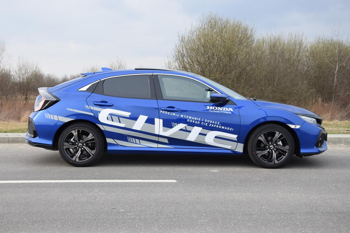 Honda Civic X   Turbosprężarka pod maską Hondy? Coś co jeszcze kilka lat temu wydawało się niemożliwym, właśnie staje się faktem. Nowy Civic w obu podstawowych wersjach czerpie dodatkową moc właśnie z turbiny.  fot. Bartosz Gubernat