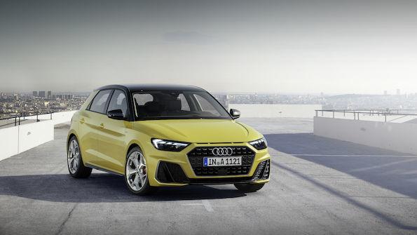Audi A1 Sportback   W standardzie znajdziemy również ogranicznik prędkości zapobiegający przekroczeniu przez A1 Sportback wybranej prędkości maksymalnej.  Fot. Audi
