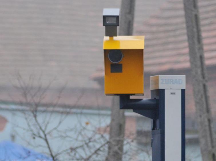 A kto lubi żółte fotoradary?