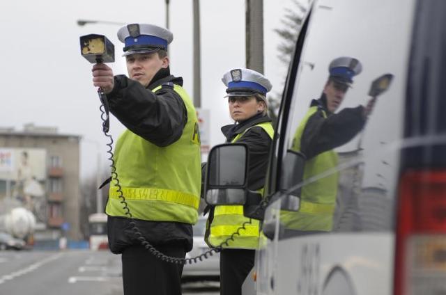 Policjanci z radarem nie lubią deszczu. Łapią w pogodne dni
