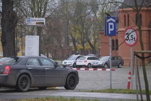 Parking. Co należy się klientom parkującym auto?