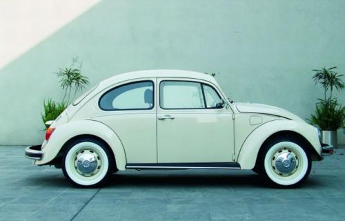 "Fot. VW: Obłe kształty Volkswagena ""Garbusa""."