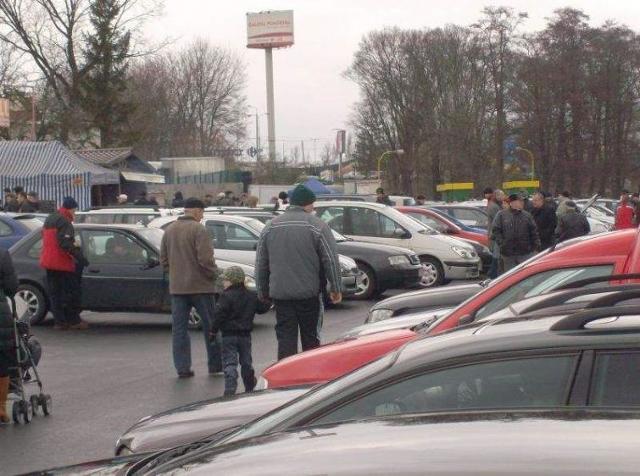 Giełda samochodowa w Bydgoszczy (ceny z 15 kwietnia)