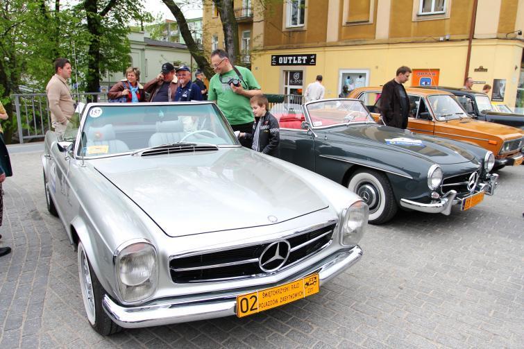 Świętokrzyski Rajd Pojazdów Zabytkowych - zobacz zdjęcia