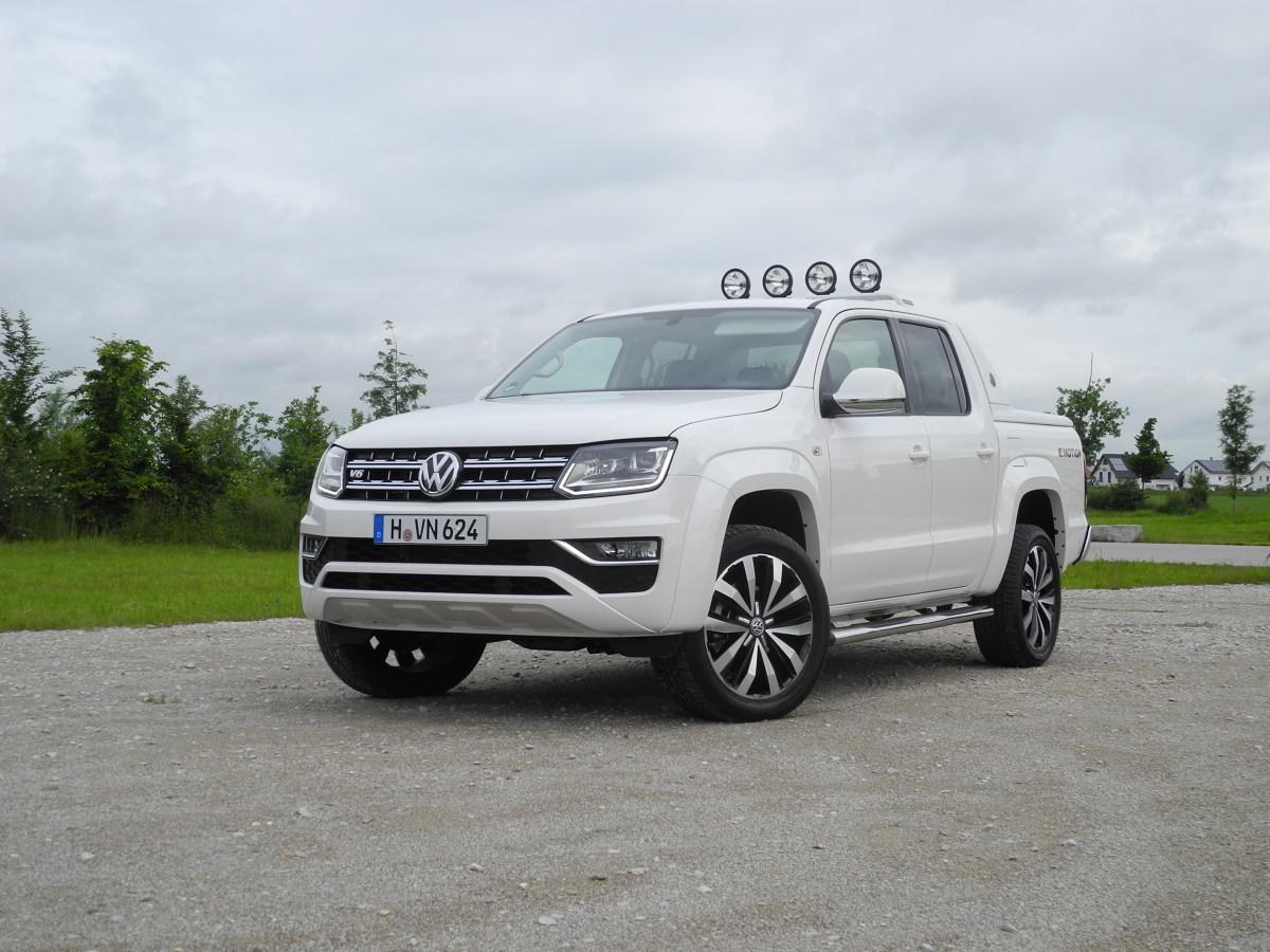 Volkswagen Amarok   Volkswagen zmodernizował model Amarok. Auto przeszło facelifting nadwozia oraz zmiany w kabinie. Nowością jest również sześciocylindrowy silnik Diesla, który zastąpi dotychczasowe jednostki napędowe.  Fot. Wojciech Frelichowski