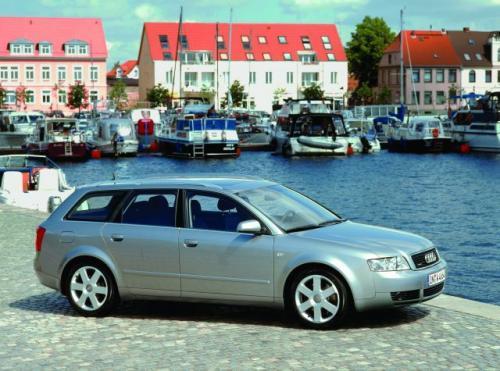 Audi A4 Avant uchodzi za wzór niezawodnego i nowoczesnego pojazdu w swojej klasie. Oferuje sporo miejsca we wnętrzu i godziwe warunki podróż