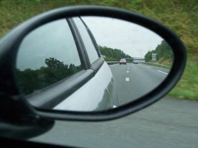 Na drogach w Unii Europejskiej ginie coraz mniej osób