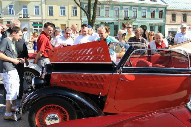 Międzynarodowy Świętokrzyski Rajd Pojazdów Zabytkowych 2012