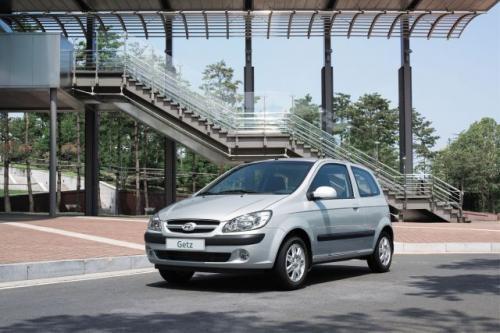 Fot. Hyundai: Hyundai Getz po face liftingu zmienił się niewiele. Zaletą tego pojazdu jest możliwość wyboru wersji silnikowej i nadwozie 3- lub 5-drzwiowe.