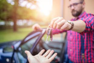 Rejestracja samochodu 2021 — ile kosztuje rejestracja samochodu i jak zarejestrować pojazd?