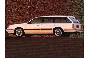 Oldsmobile Cutlass Ciera (1982 - 1966) Kombi