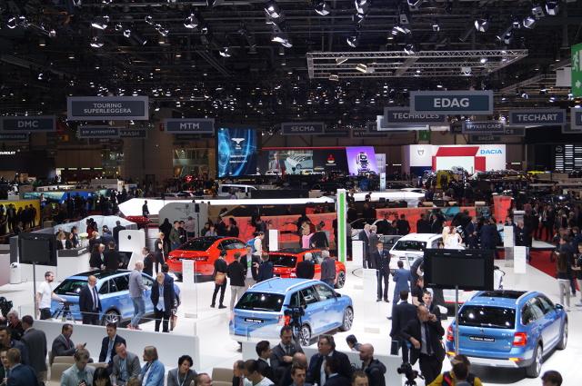 Organizatorzy tegorocznej edycji Geneva Motor Show spodziewają się ponad 700 tys. zwiedzających oraz 12 tys. przedstawicieli mediów z całego świata. Pierwsze dwa dni imprezy to tzw. dni prasowe, tradycyjnie przeznaczone są dla dziennikarzy / Fot. Tomasz Szmandra