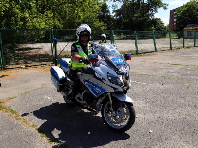 BMW R1200RT w wersji MONACHIUM jest maszyną, którą wykorzystuje większość policji w Europie. Motocykle zostały specjalnie przygotowane przez firmę BMW do służby w Policji. Fot. Policja.pl