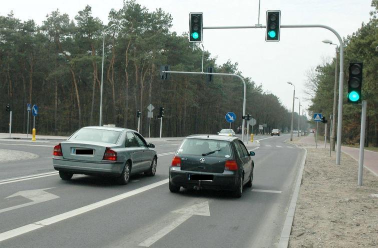 Włocławek: Kierowcy popełniają groźne błędy. Przez sygnalizator!