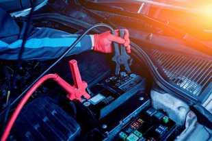 Rodzaje akumulatorów samochodowych – jaki akumulator wybrać?