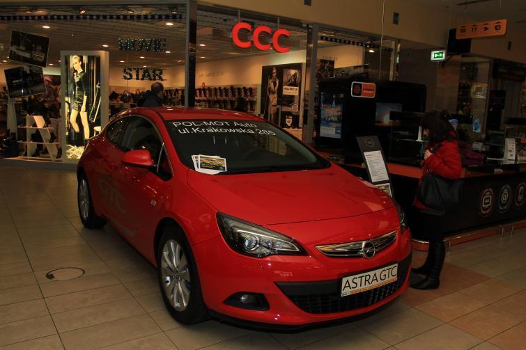 Astra GTC - najnowsze coupe Opla zaprezentowano w kieleckiej galerii
