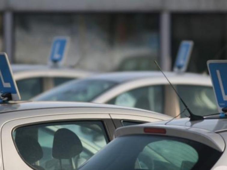 Kolejki na egzaminy na prawo jazdy są coraz krótsze