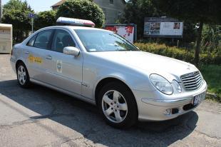 Używany Mercedes klasy E W211. Komfortowy, ale czy solidny? Poradnik zakupowy