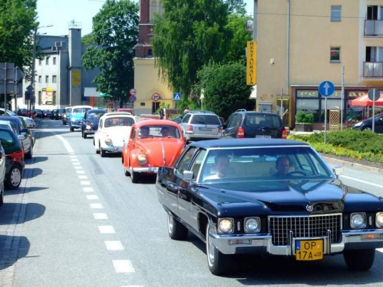 Zlot starych samochodów w Strzelcach Opolskich
