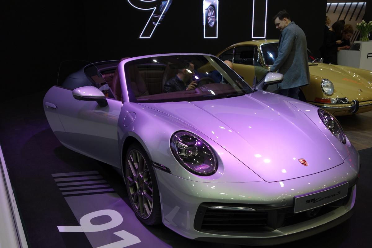 Porsche 911 Cabrio  Podczas trwających targów motoryzacyjnych w Poznaniu, Porsche  po raz pierwszy w Polsce pokazuje m.in. najnowsze wcielenie modelu 911 Cabriolet  Fot. Ryszard M. Perczak