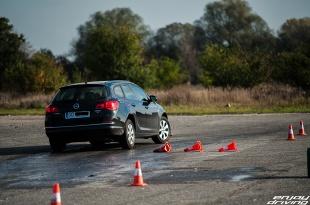 Bezpieczeństwo czynne i bierne  Fot. Enjoy Driving