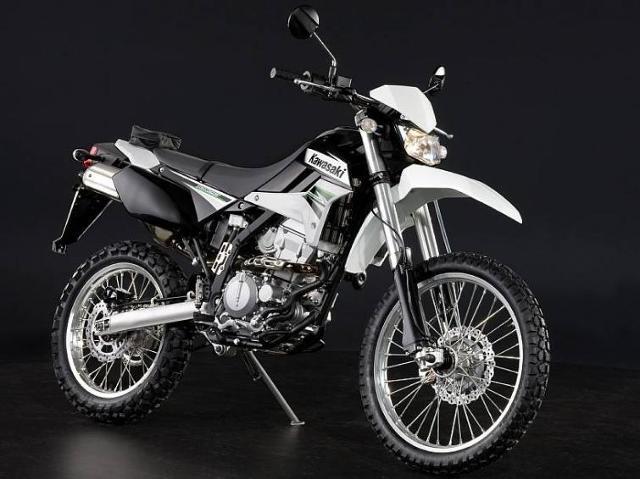 Kawasaki KLX250, ZX1000, W800 oraz VN900 do serwisów