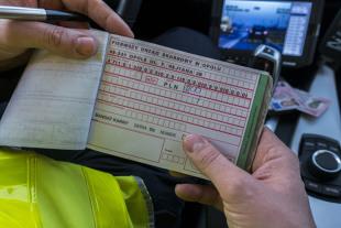 Taryfikator mandatów 2020. MSWiA chce wprowadzić nowy mandat dla kierowców