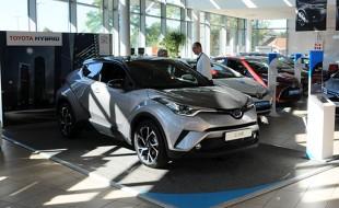 Toyota C-HR już w Polsce. Kiedy auto trafi do sprzedaży?