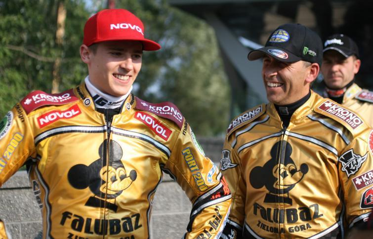 Speedway ekstraliga: złoto dla Falubazu w cieniu tragedii