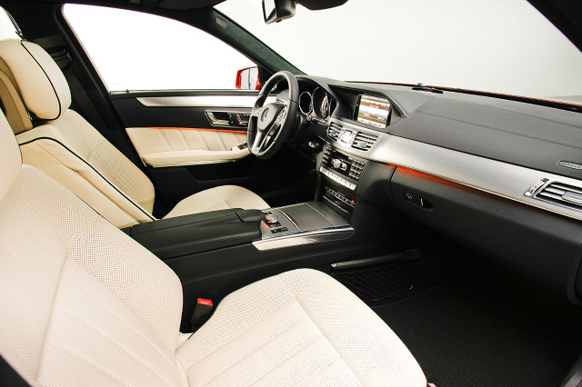 zdjęcie Mercedes-Benz Klasy E