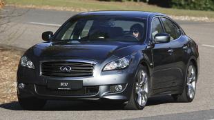 Infiniti M IV (2011 - teraz) Sedan