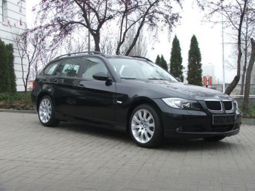 Fot. Bartłomiej Bałdyga: Niskie nadwozie BMW zapewnia dobrą trakcję i niewielki współczynnik oporu powietrza.