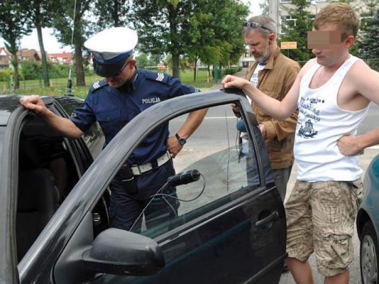 Kierowcy do kontroli: policja sprawdzała szyby i hałas