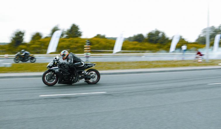 Mazurski Moto Show - było szybko, głośno i gorąco