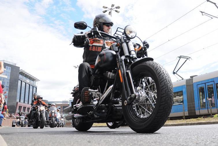 Super Rally 2013 - zlot motocykli Harley-Davidson - parada Wrocław