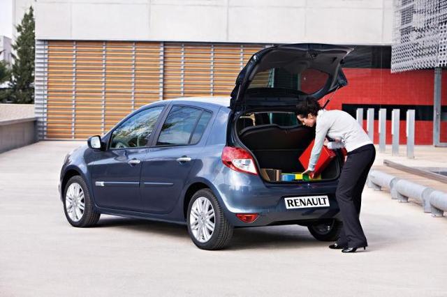 Leasing konsumencki to lepszy od kredytu sposób na nowy samochód?