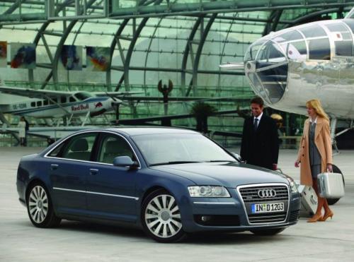 Fot. Audi: Najbogatszy Polak, Jan Kulczyk, porusza się Audi A8.