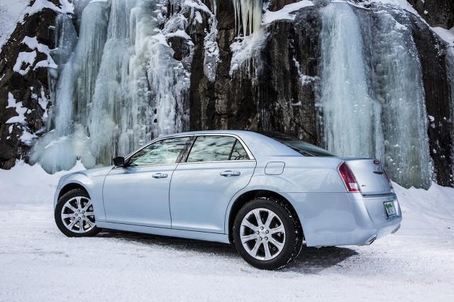 zdjęcie Chrysler 300C Glacier Edition