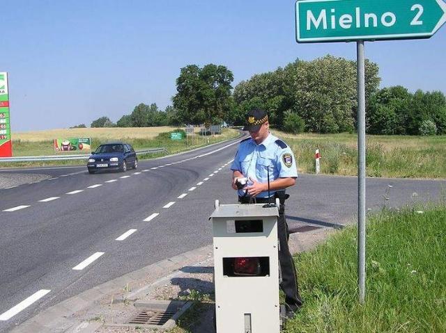 Nowy fotoradar na drodze krajowej nr 21 w Trzebielinie
