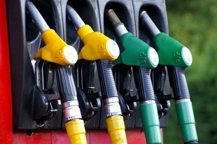 Rynek paliw. Na stacjach zatankujemy już zimowe paliwo