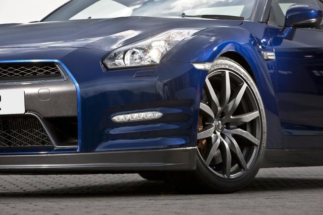 zdjęcie Nissan GT-R