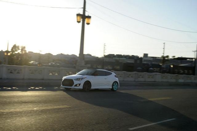 zdjęcie Hyundai Veloster C3 Roll Top